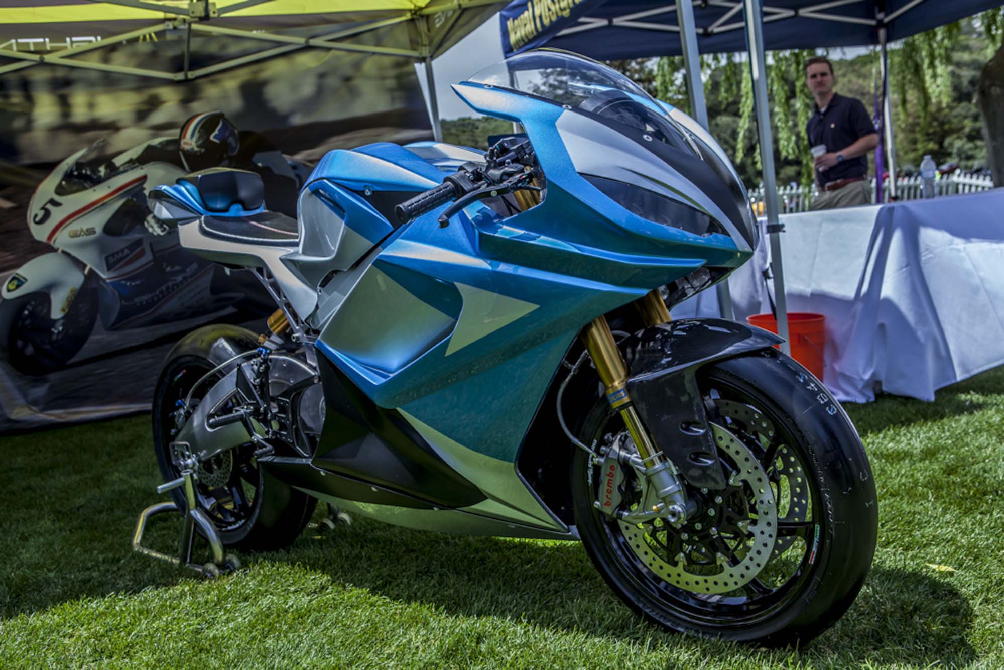 La sportive verte du futur - Page 15 Lightning-Motorcycles-LS-218-Quail-Lodge-Bryan-Delohery-04