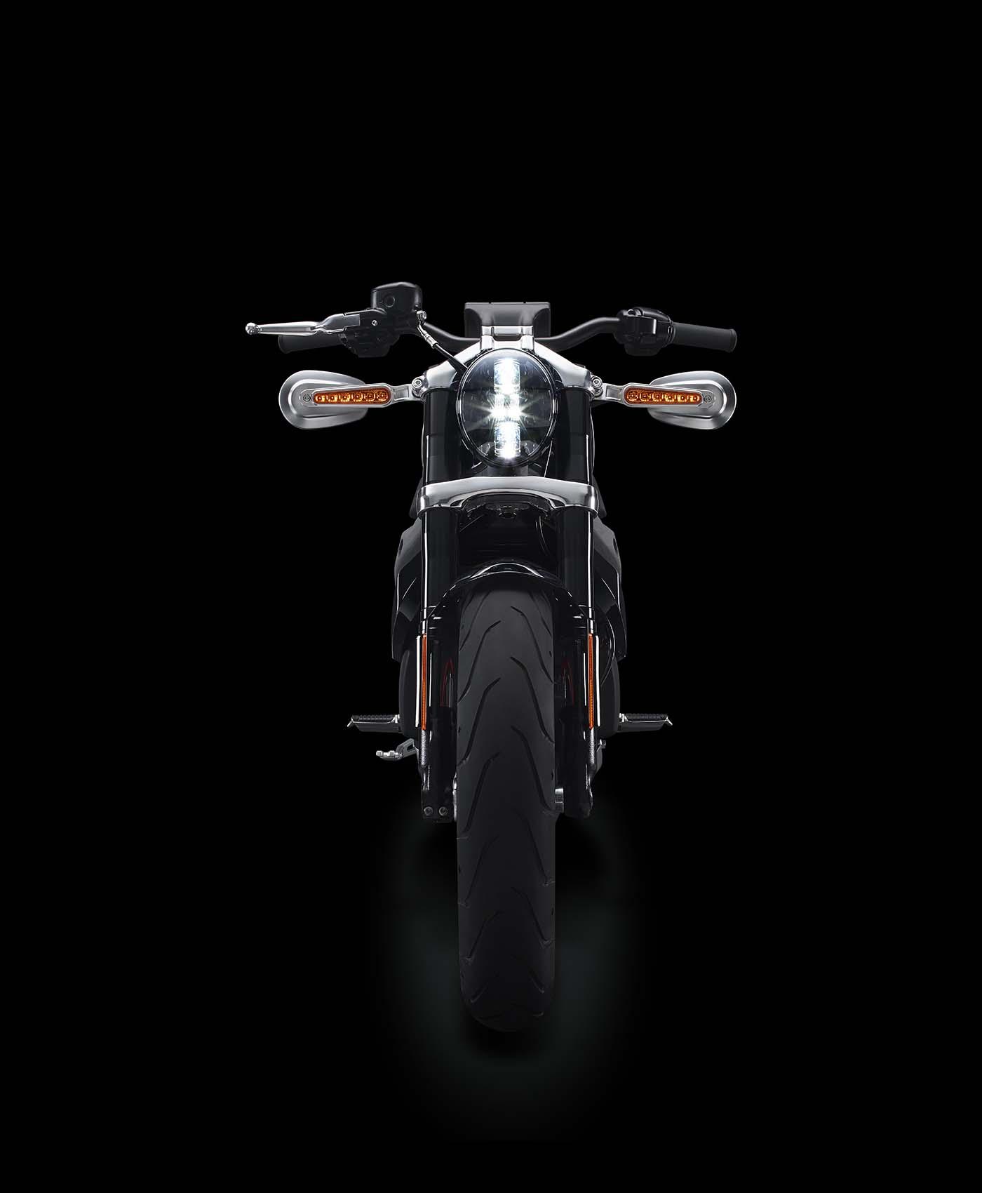 La sportive verte du futur - Page 15 Harley-Davidson-Livewire-electric-motorcycle-07