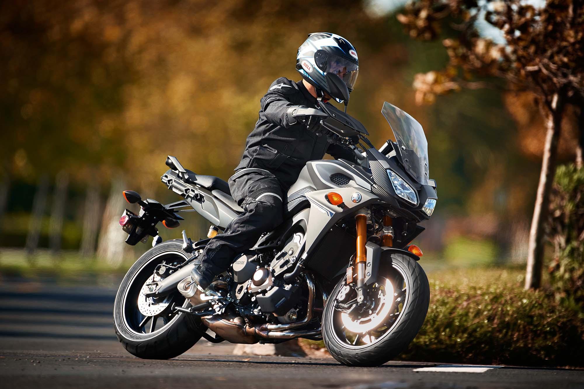 2015 Yamaha Fj 09 Three Cylinders Of Budget Touring