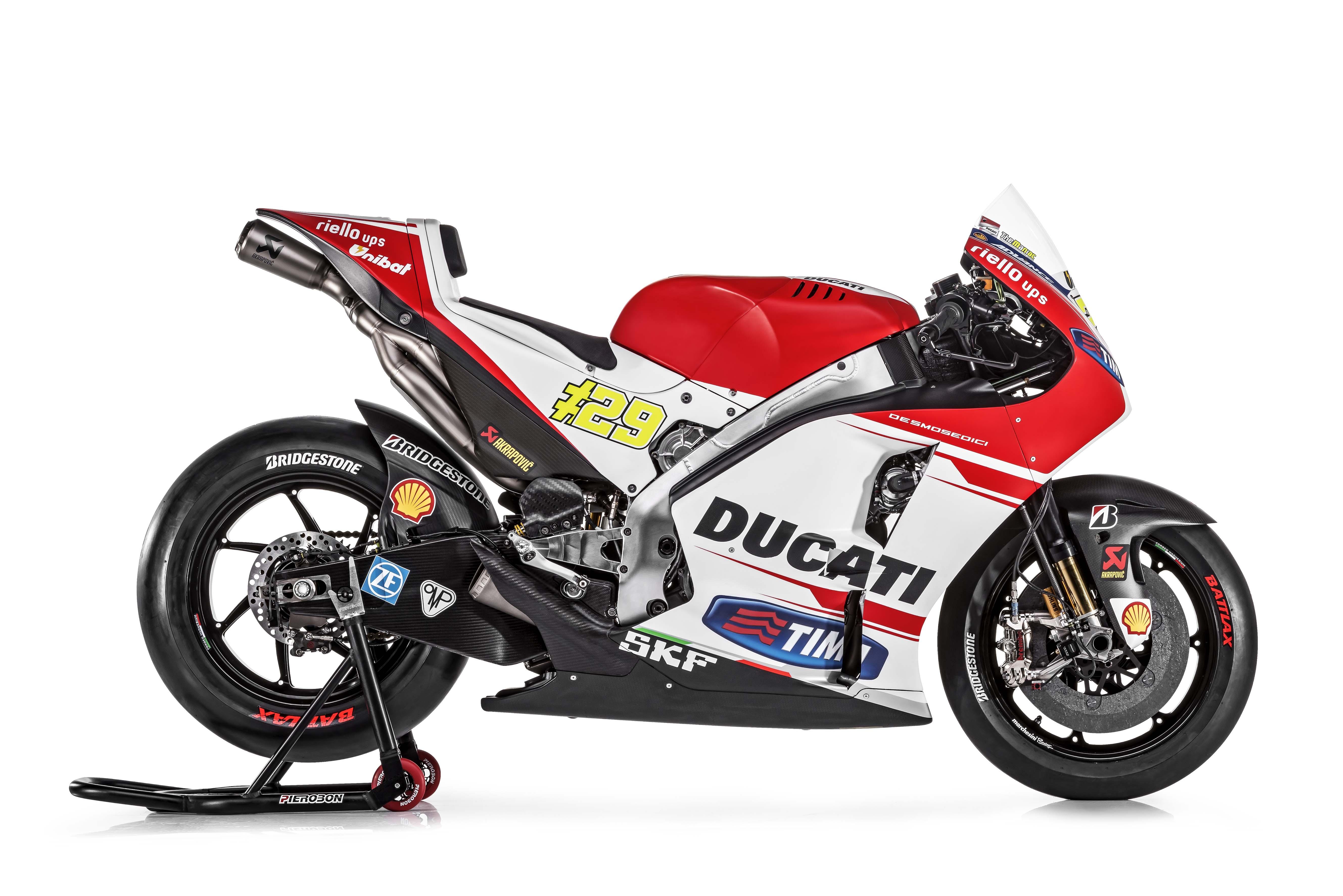 Ducati GP15 2015-Ducati-Desmosedici-GP15-MotoGP-Andrea-Iannone-08