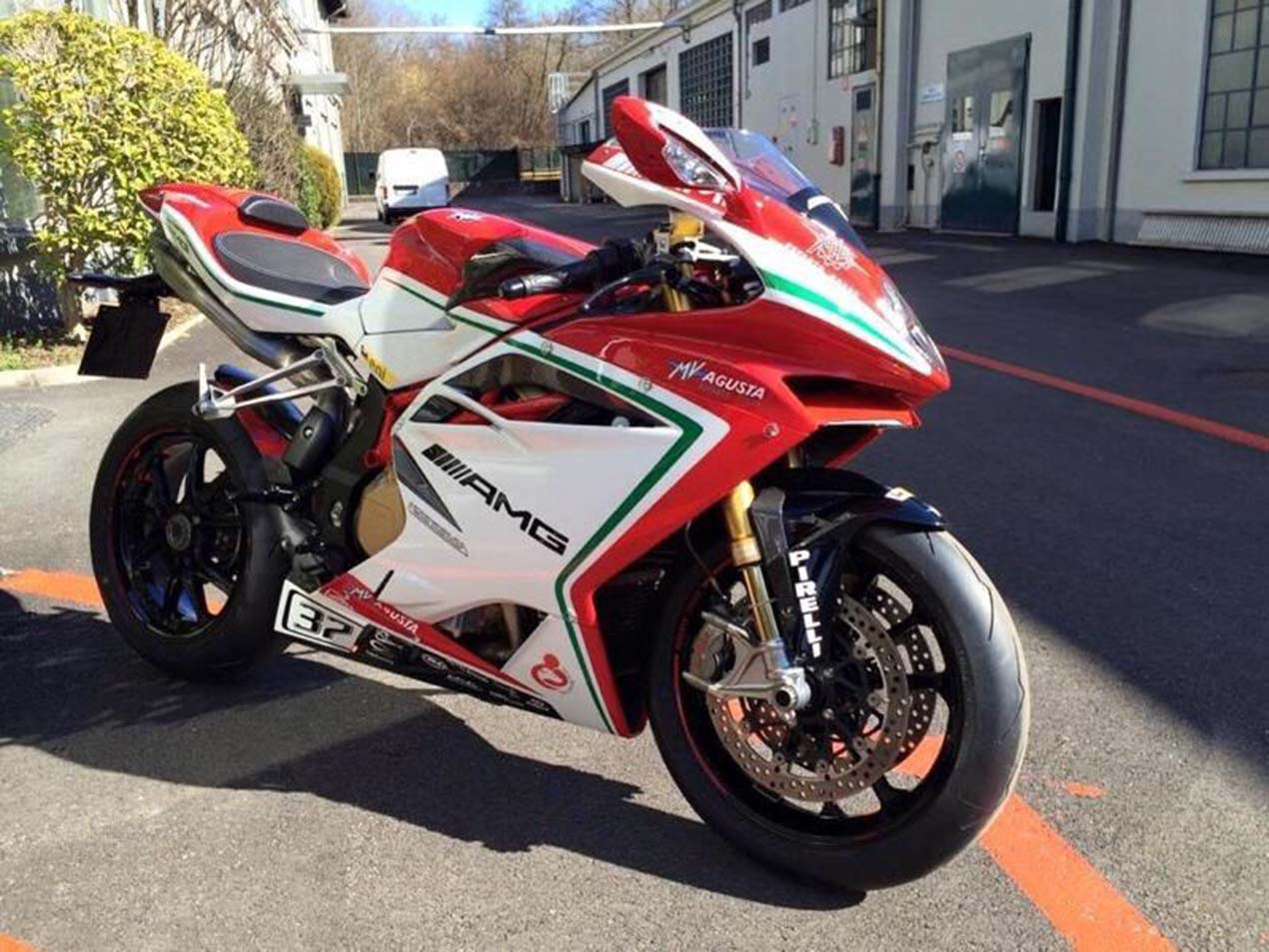Mv Agusta F4 Rc Leaks Again With More Quot Amg Quot Asphalt Amp Rubber