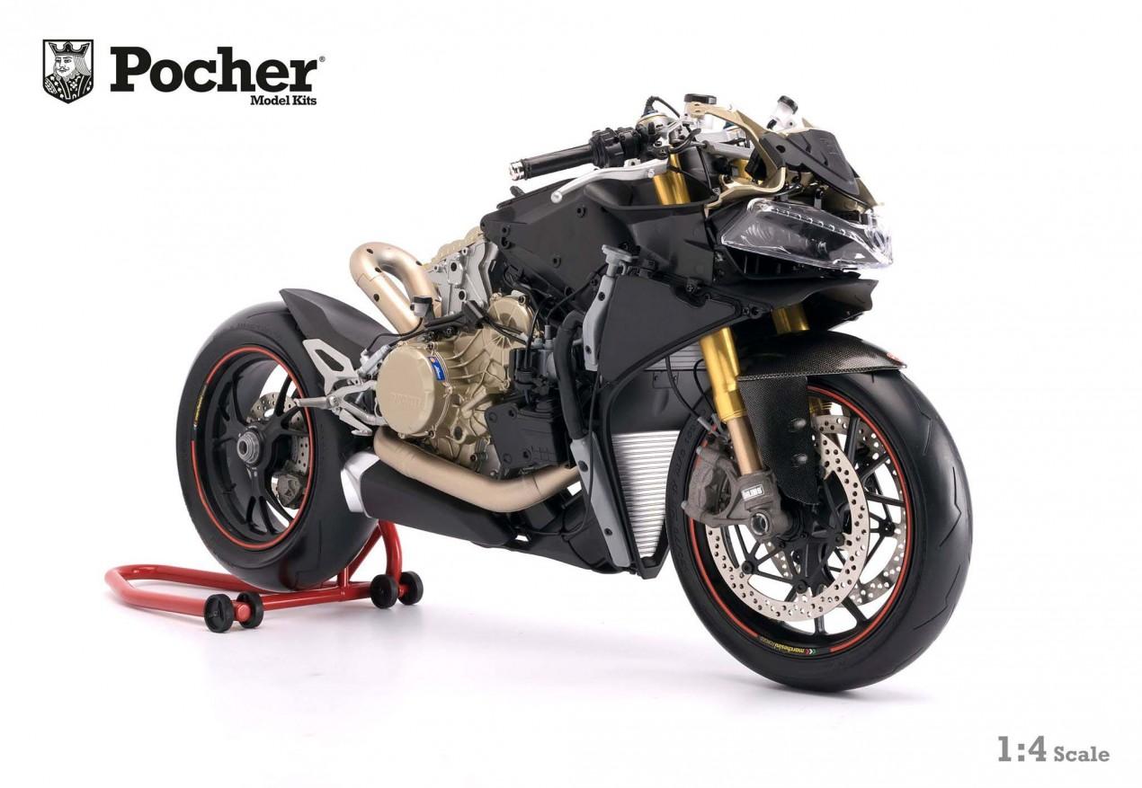 Pocher 1 4 Scale Model Of The Ducati 1299 Panigale S