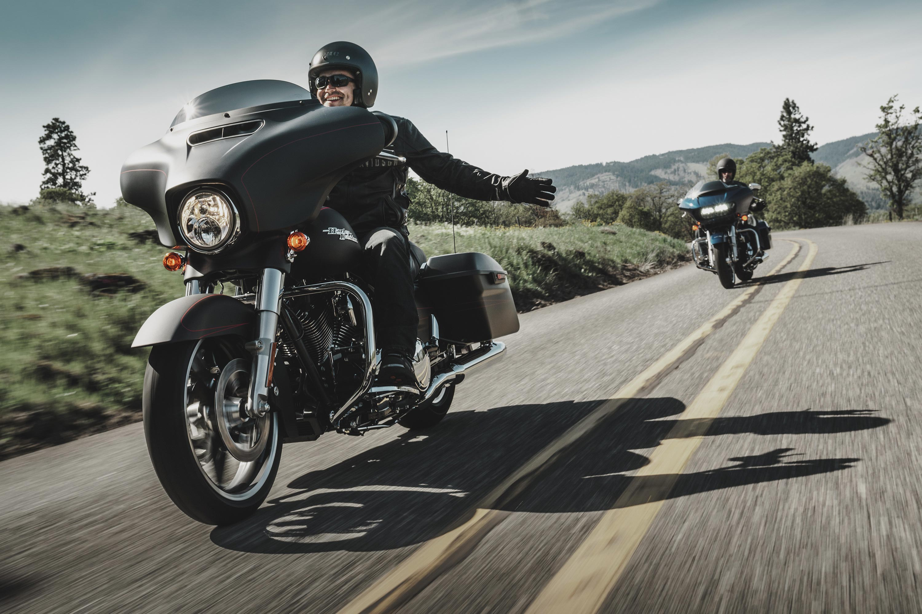 it 39 s time again for harley davidson 39 s yearly clutch recall. Black Bedroom Furniture Sets. Home Design Ideas