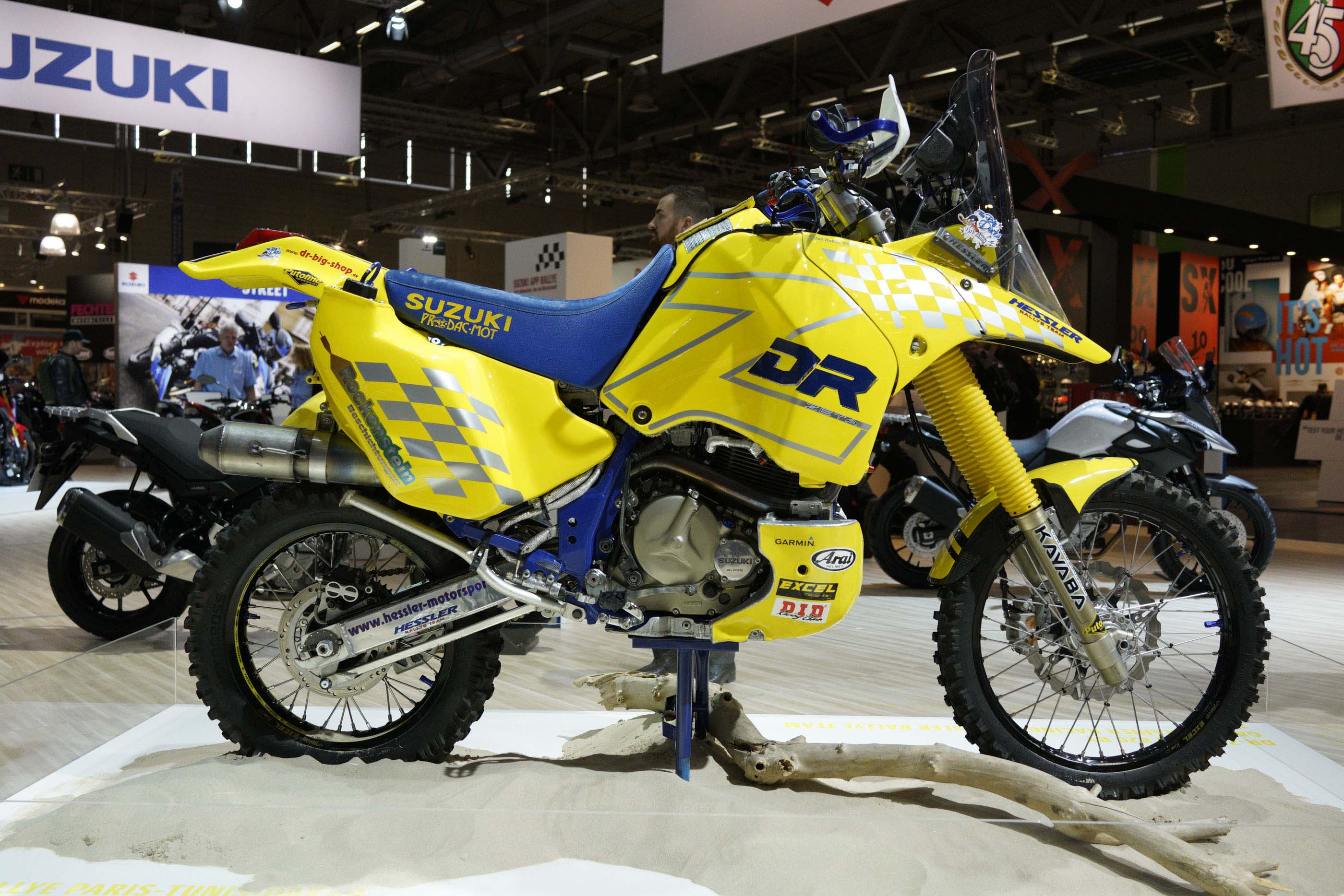 Honda Xr650L For Sale >> Checkout This Historic Suzuki DR-Z Dakar Rally Race Bike