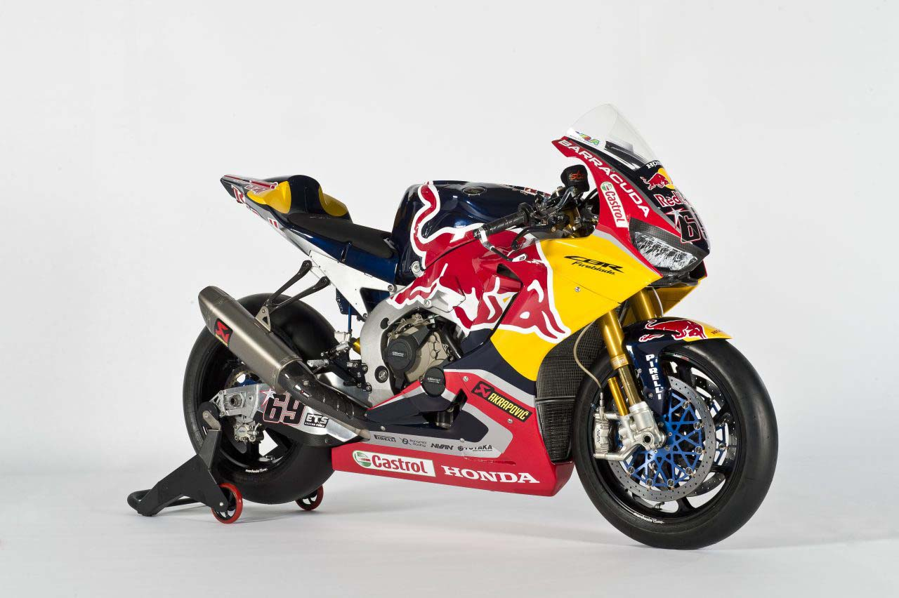 Red Bull Honda World Superbike Team Debuts Asphalt Amp Rubber