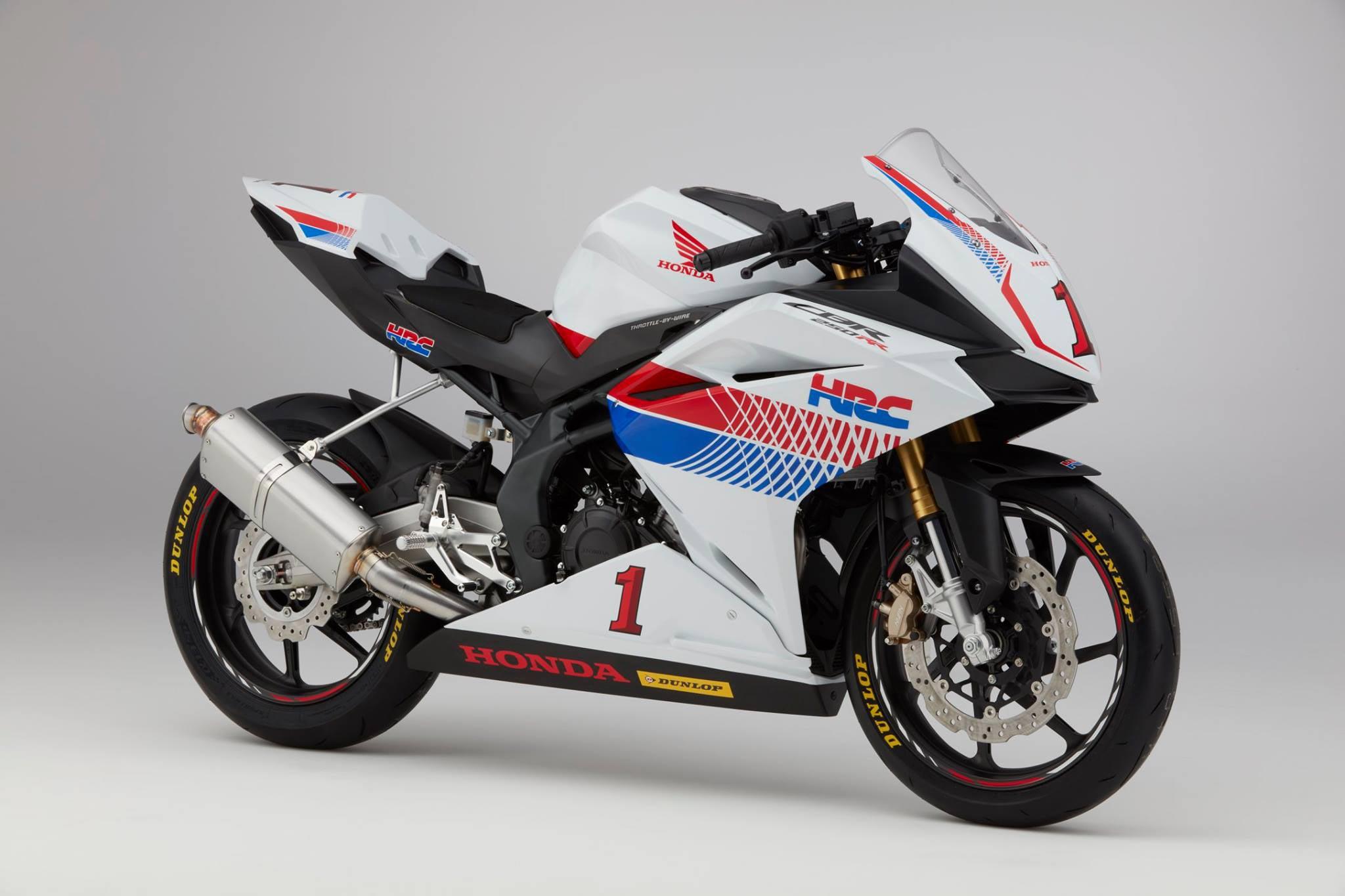Honda CBR250RR, Reporting for Racing Duty - Asphalt & Rubber