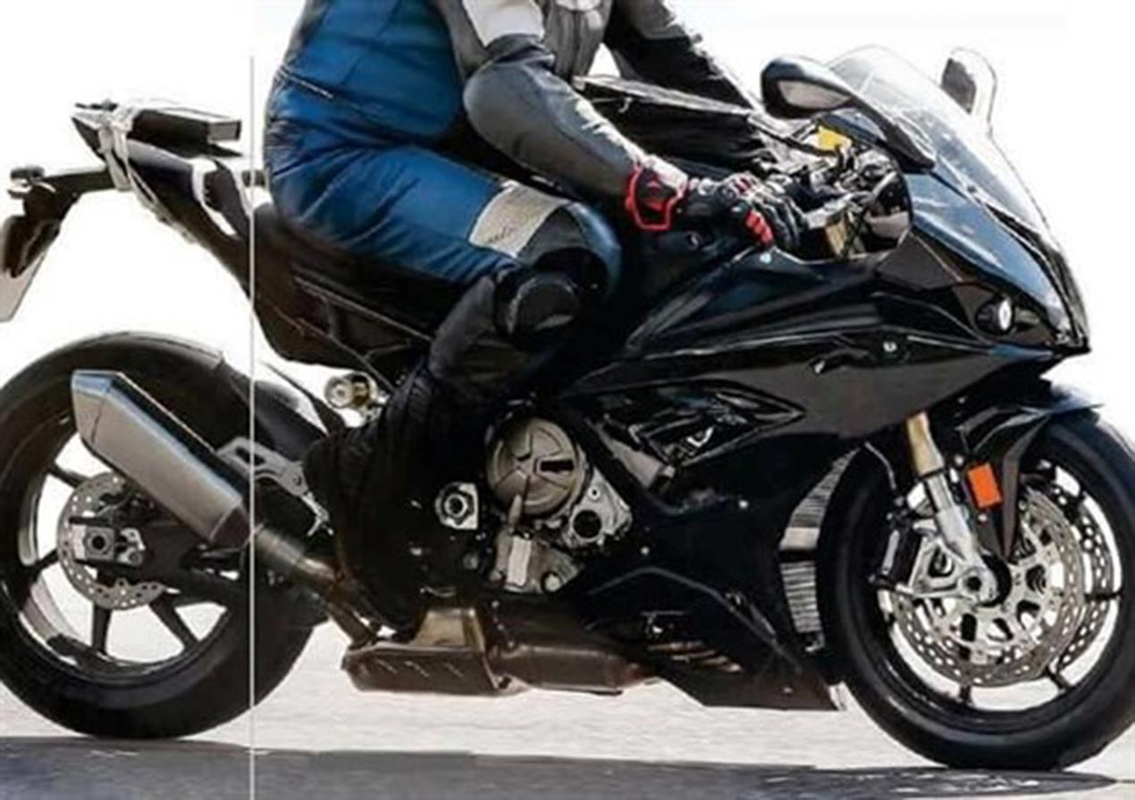 2018 BMW S1000RR Spotted with Updates - Asphalt & Rubber