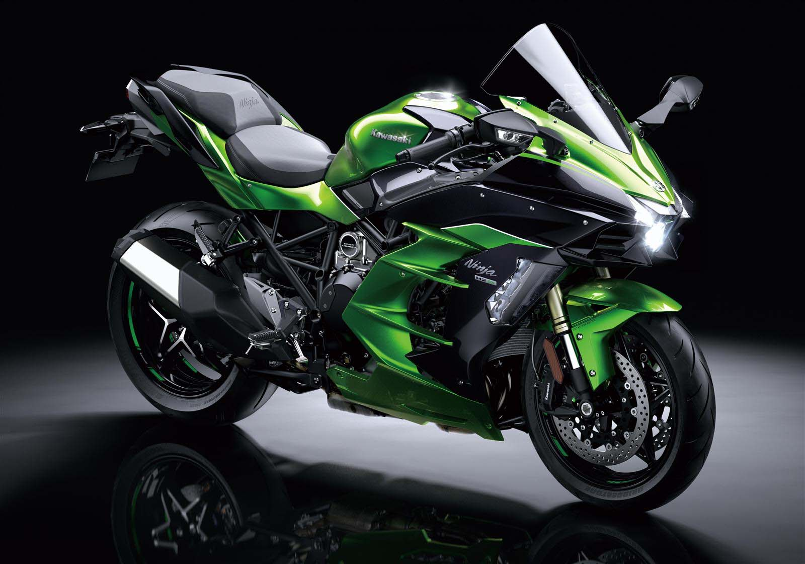 supercharged kawasaki ninja h2 sx with 200hp on tap. Black Bedroom Furniture Sets. Home Design Ideas