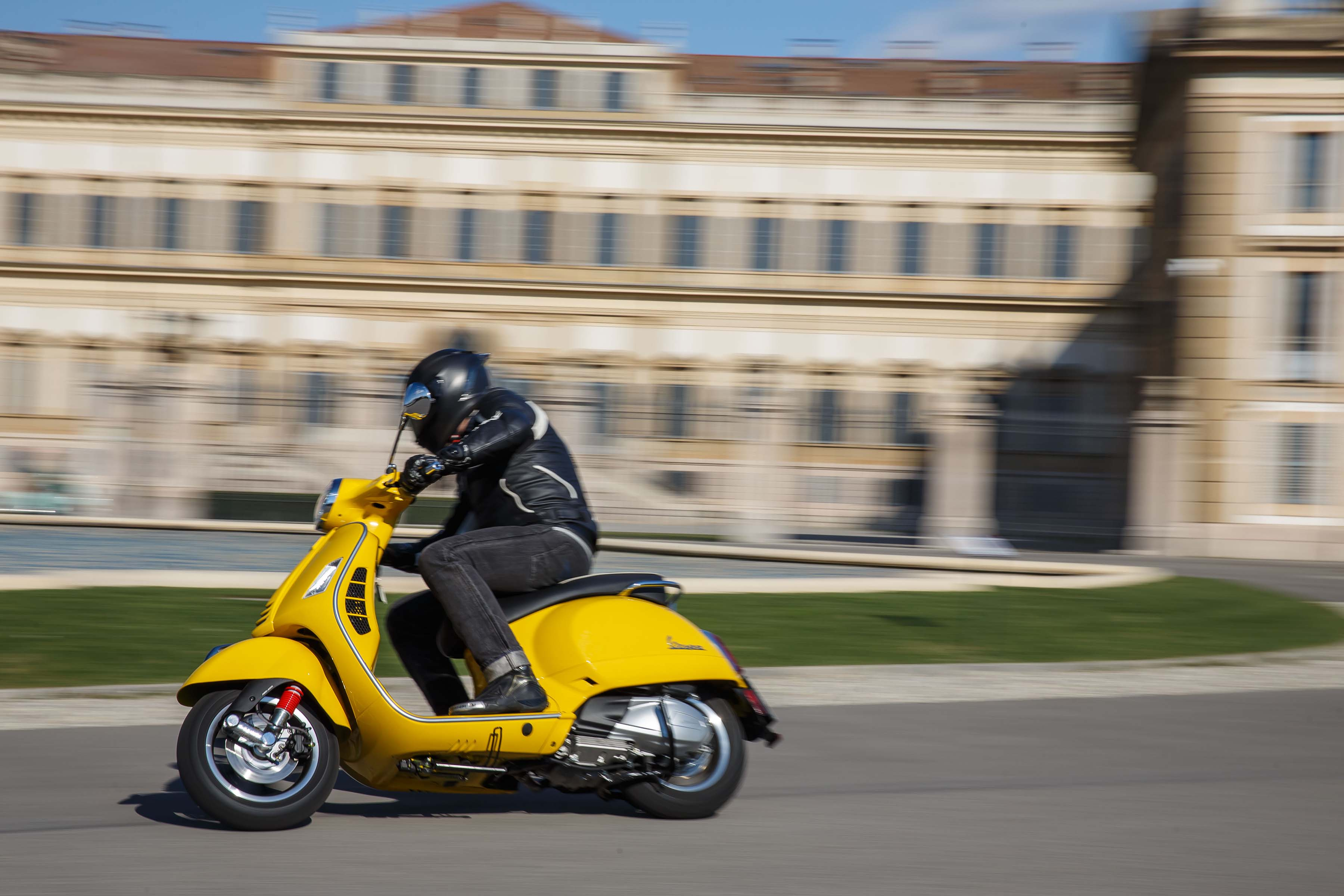 If we come back from the romantic, and back to the practical, I want to  spend a few words on riding Vespa's newest gas scooter, the Vespa GTS Super  300 ...