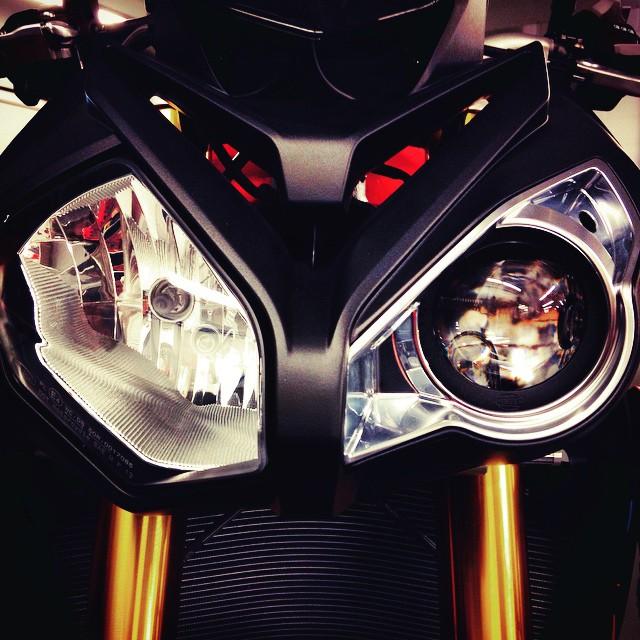 Sexy Seizure. #BMW #S1000R #Wink #Moto #Motorcycle #Motorbike #Bike #BikeLife #InstaMoto #InstaGood #German #Motorrad #Ride #Design #Beauty #Art #Streetbike #Sportbike