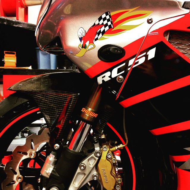 Good Morning, Early Birds. #Honda #RC51 #Favorite #Moto #Motorcycle #Biker #BikeLife #InstaMoto #InstaGood #MotoCorsa