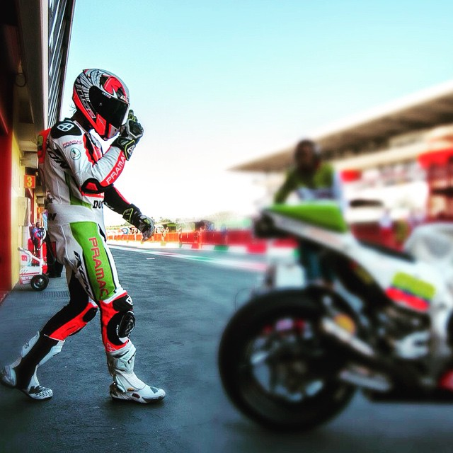 Get It, Yonny! Photo: @tonygoldsmithphotography #YH68 #MotoGP #ItalianGP #Moto #Motorbike #Motorcycle #Ducati #Pramac #Bike #BikeLife #Race #Ride #InstaMoto #InstaBike #InstaGood #Mugello #Columbia #DucatiPeople