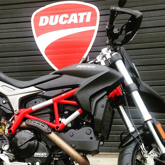 Rain Happens. And When it Does, We're Here to Help. #MotoCorsa #Ducati #DucatiPeople #Hypermotard #Moto #Motorbike #Motorcycle #Bike #BikeLife #InstaMoto #Design #Italian #Portland #Oregon #Rain